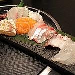 月夜見(長崎)〜魚・鶏・馬の刺身のクオリティが高い店〜